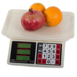 Winkelweegschaal-met-fruit